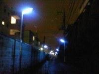 青色防犯灯1