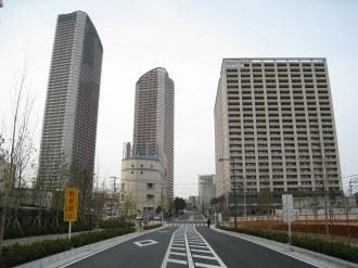 都市計画道路 武蔵小杉駅南口線開通部分の全景
